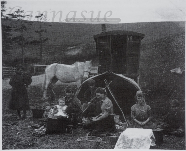 LRM02 The james family at Puddletown in 1899